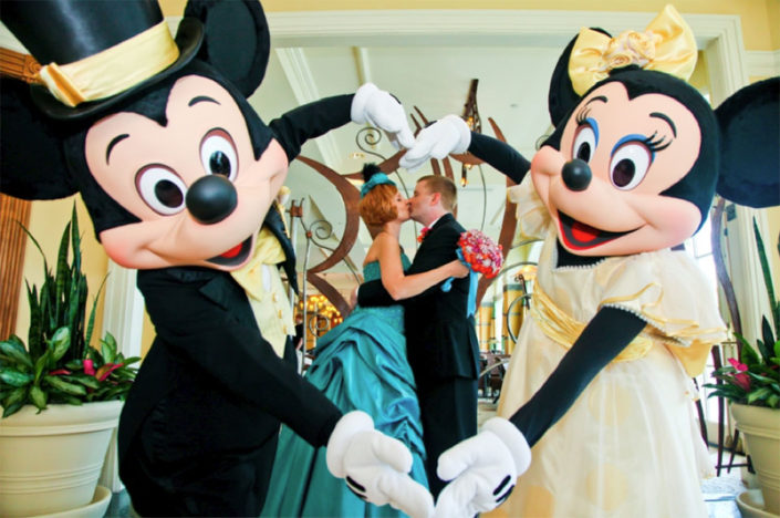 Disney Weddings with Mickey and Minnie